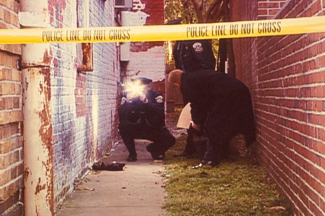 Im April 1995 werden in Washington D.C. zwei Police Officers während der Ausübung ihres Dienstes angeschossen; ein weiterer Polizist findet den Tod.... - Bildquelle: Randy Jacobson New Dominion Pictures, LLC
