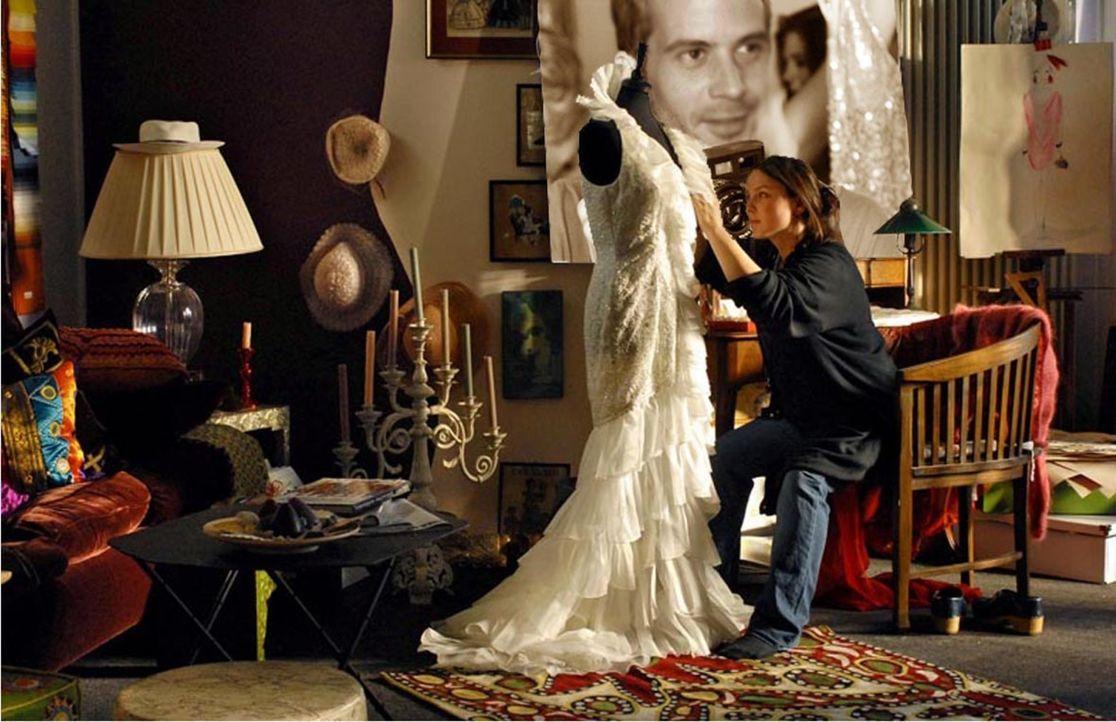 Nach ihrem Modedesignstudium träumt Bella (Viktoria Gabrysch) nur noch davon, ihre eigene Kollektion entwerfen zu dürfen. Doch in ihrem ersten Job d... - Bildquelle: Reiner Bajo ProSieben
