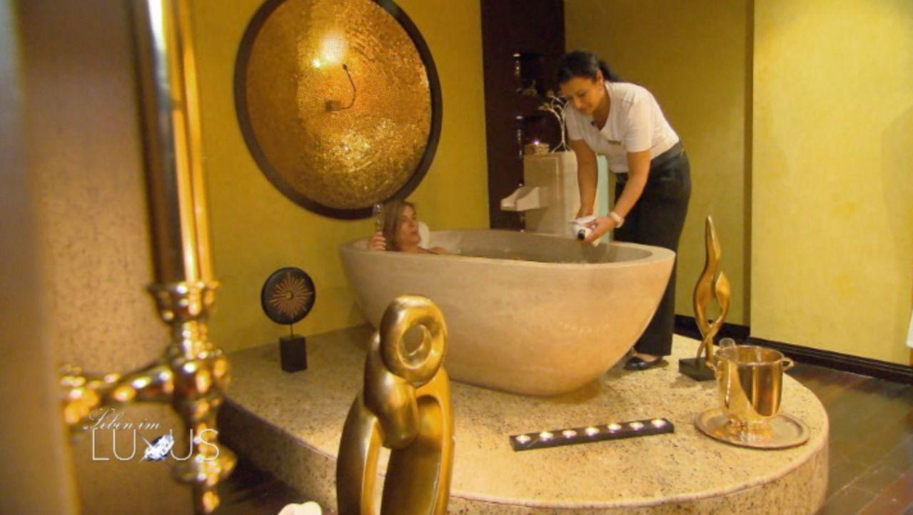 """Das Luxushotel """"Mardan Palace"""" bietet seinen exklusiven Gästen einen Wellnessbereich der Superlative. - Bildquelle: Sat.1 Gold"""