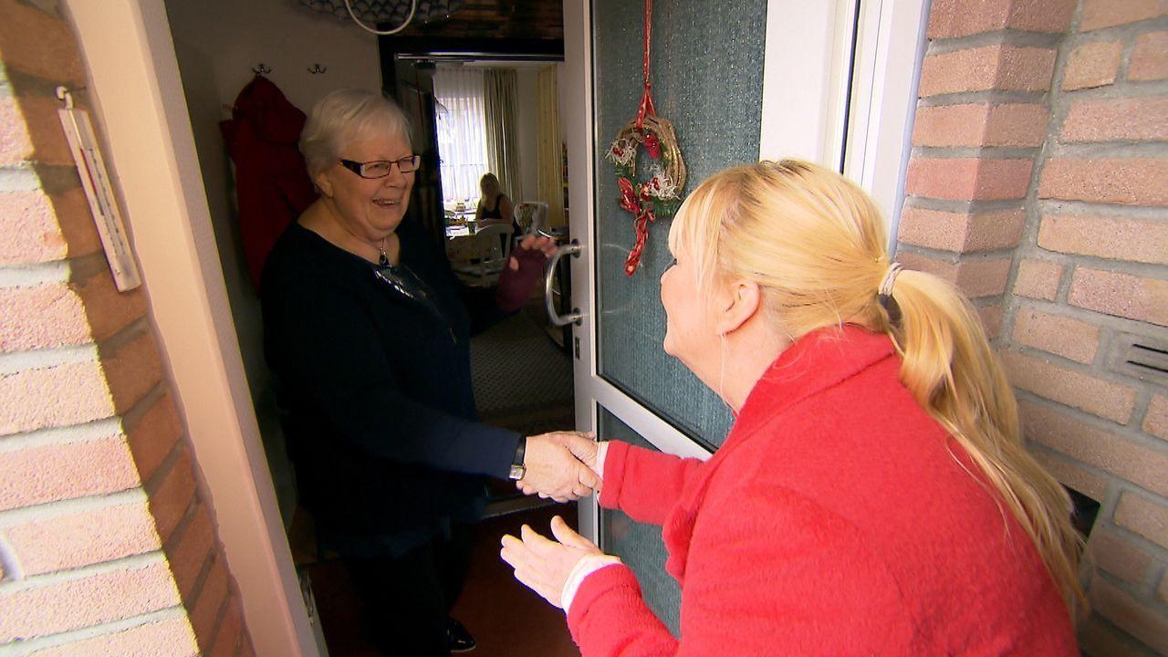 Ruth (l.) wuchs in einer lieblosen Pflegefamilie auf und erfuhr mit 14 Jahren, dass sie in Schottland noch einen Bruder namens Alan hat. Mit Julia L... - Bildquelle: SAT.1