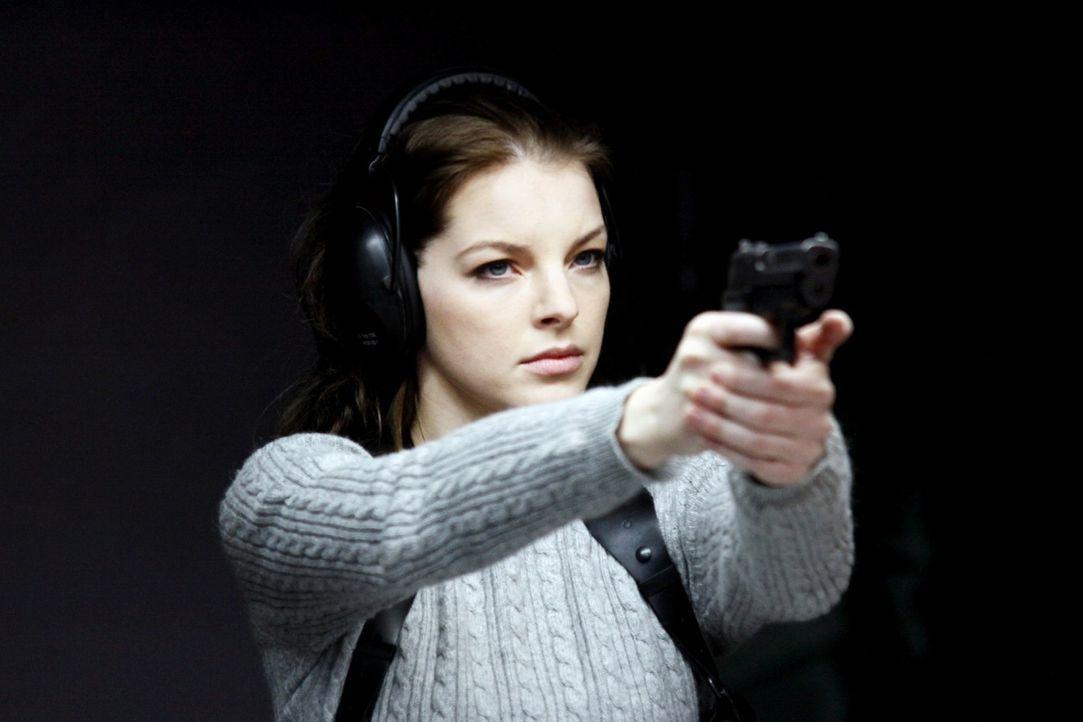 Maria Teiss (Yvonne Catterfeld) ist eine außergewöhnlich konsequente und kompromisslose Polizistin. Eines Tages erhält sie den Auftrag, die Suche na... - Bildquelle: Wilma Roth Sat.1