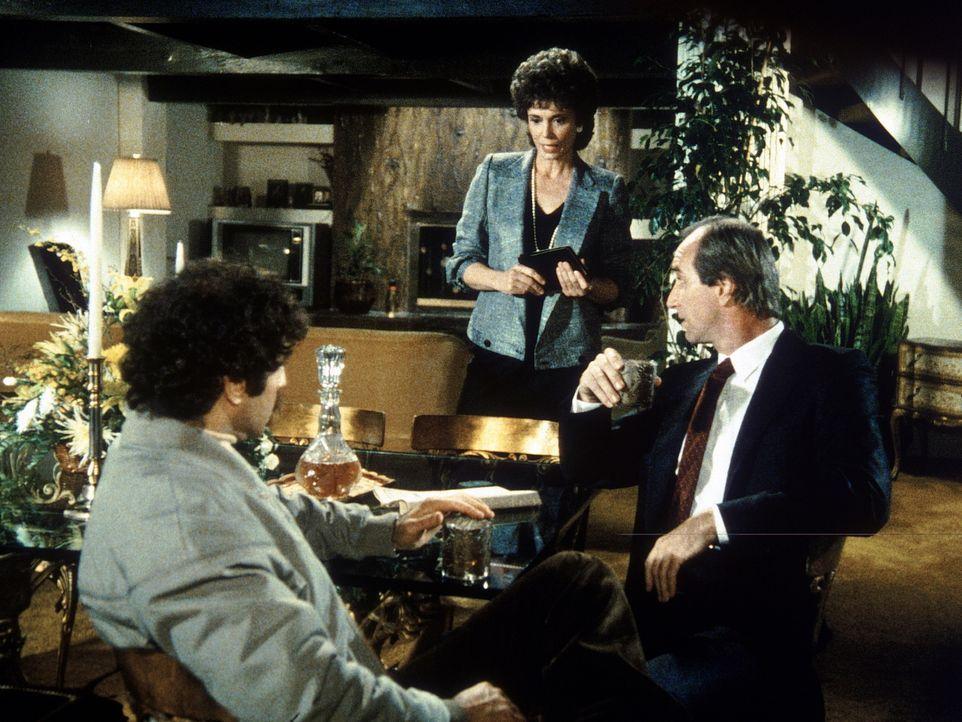 Rita Holden (Tricia O'Neil, M.) schmiedet einen tödlichen Plan gegen Amanda, die zufällig Augenzeugin eines Mordes wurde, den Rita mit Foreman (Eric...