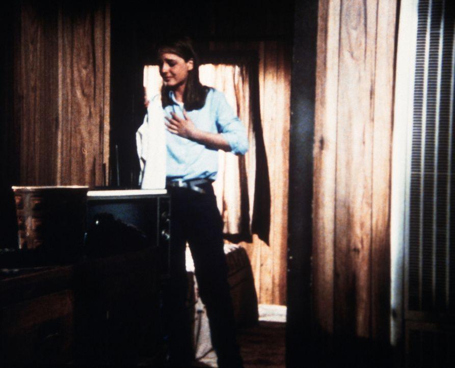 Lizzy (Helen Hunt) hat erfahren, dass sie schwer krank ist. - Bildquelle: Worldvision Enterprises, Inc.