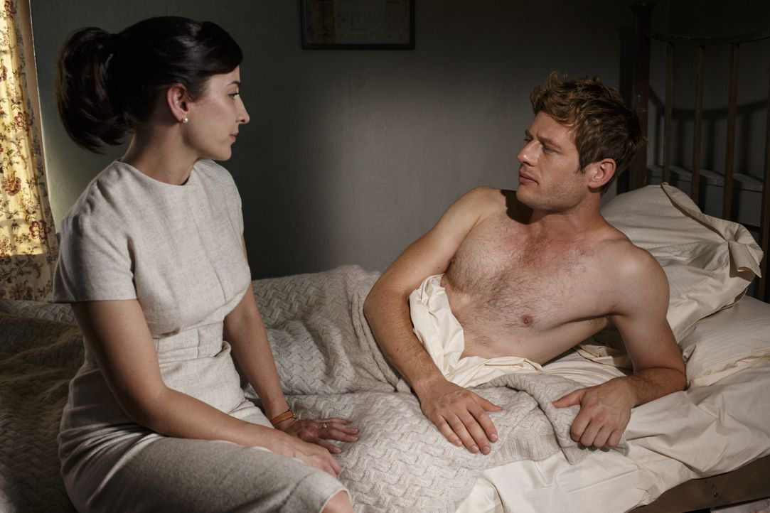 Amanda Hopkins (Morven Christie, l.); Sidney Chambers (James Norton, r.) - Bildquelle: Nick Briggs KUDOS/ITV / Nick Briggs