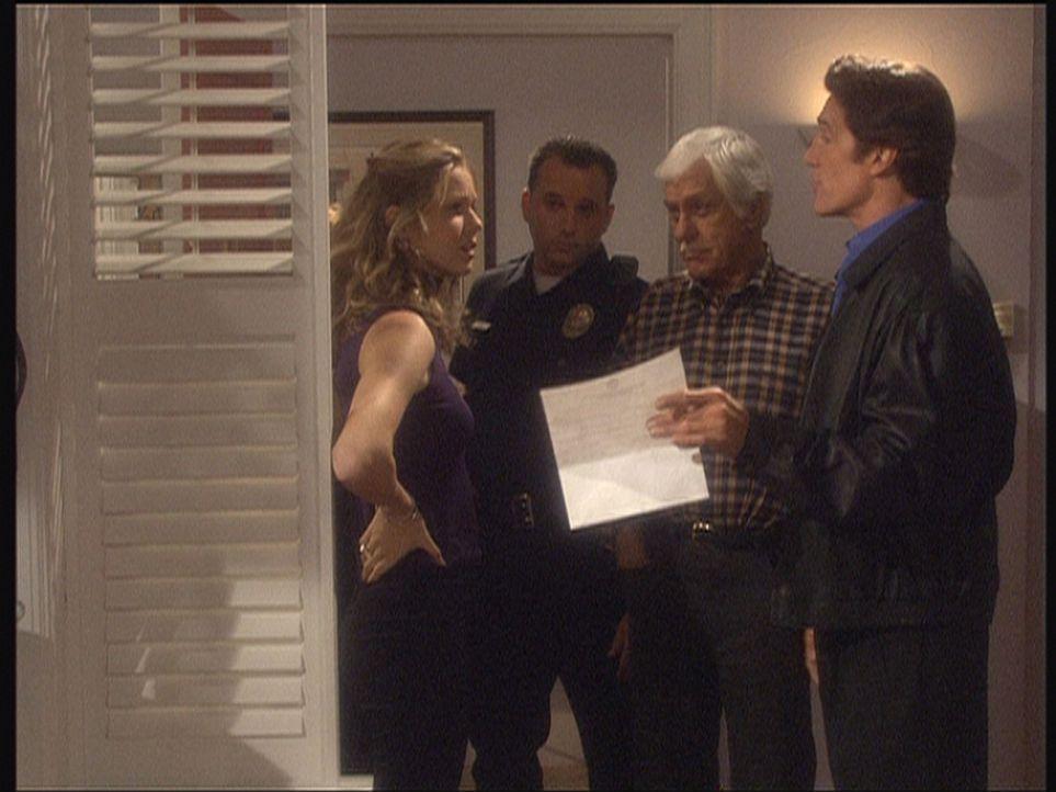 Kendra (Andrea Roth, l.), die in dem Mordfall eine undurchsichtige Rolle spielt, versucht zu verhindern, dass Steve (Barry Van Dyke, r.) und Mark (D... - Bildquelle: Viacom