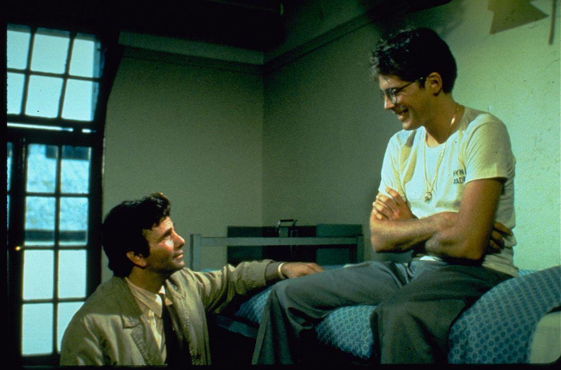 Columbo (Peter Falk, l.) - Bildquelle: 1974 Universal City Studios LLLP. All Rights Reserved.