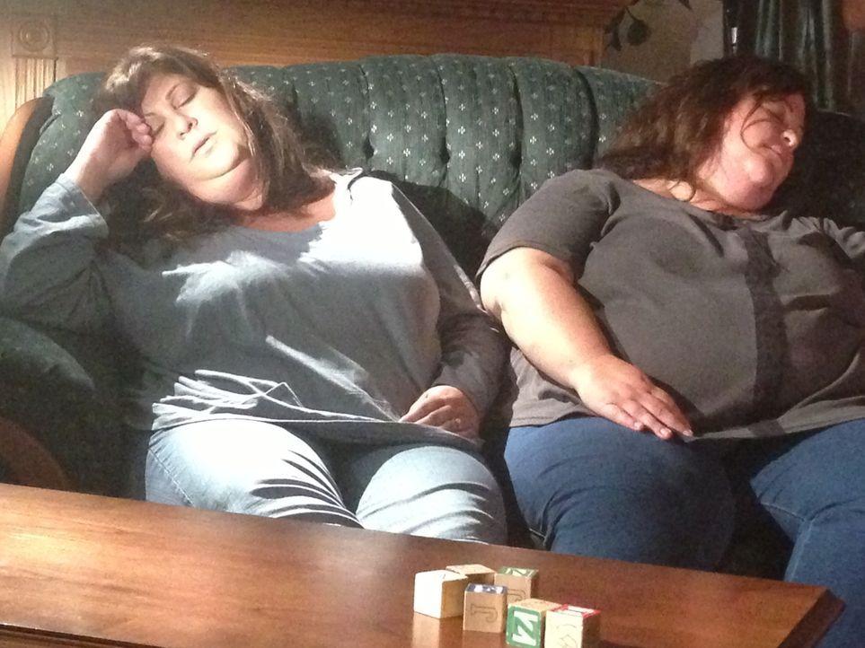 Gretchen und Gloria wachsen in einem furchtbaren Elternhaus auf. Während ihr... - Bildquelle: Discovery Communications, LLC.
