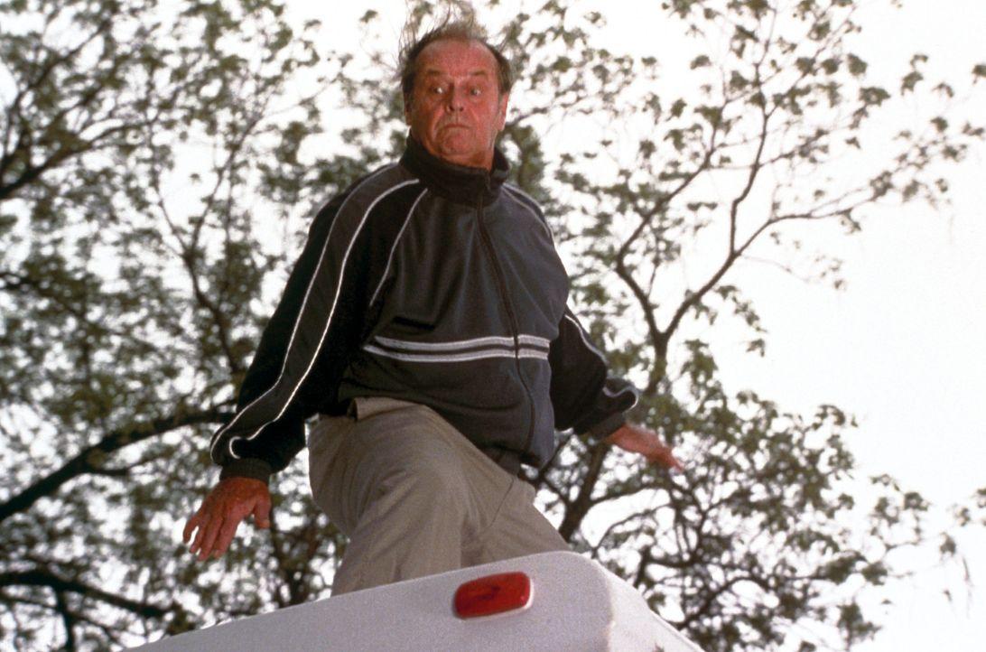 Nichts mit seinem Leben anzufangen, hat Schmidt (Jack Nicholson) nur noch ein Ziel. Er will sich mit seiner Tochter versöhnen, die in Denver lebt. E... - Bildquelle: New Line Cinema