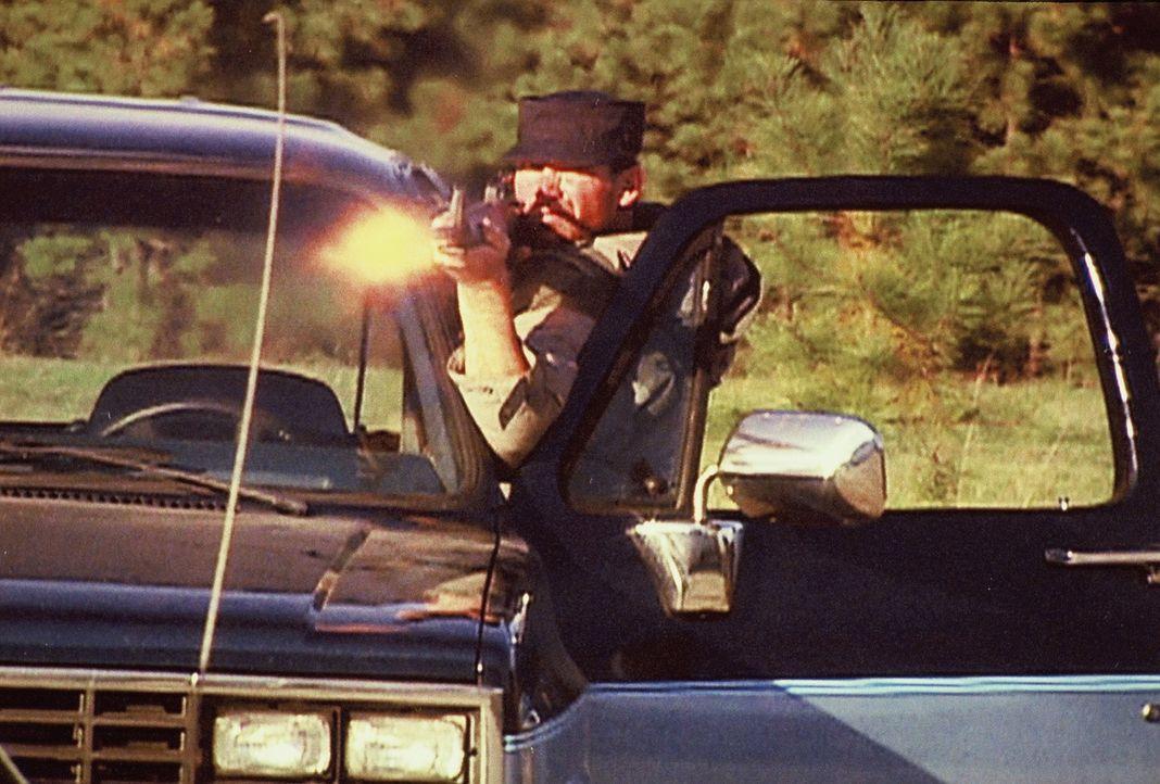 Die Brüder Chevie und Cheyne Kehoe geraten nach einer Schießerei mit Polizisten ins Visier des FBI. Wie sich herausstellt, hat das Duo einiges auf d... - Bildquelle: Randy Jacobson New Dominion Pictures, LLC