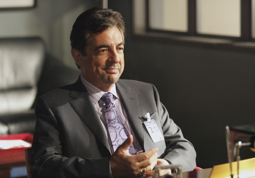 Neu im Team: David Rossi (Joe Mantegna) ... - Bildquelle: Vivian Zink 2007 ABC Studios. All rights reserved. NO ARCHIVE. NO RESALE. / Vivian Zink