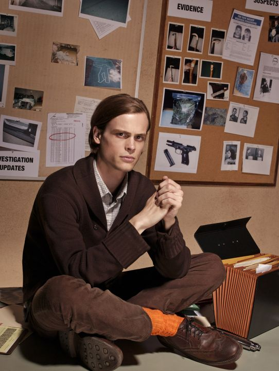 (1. Staffel) -  Einer der klügsten Köpfe, die das FBI zu bieten hat: Dr. Spencer Reid (Matthew Gray Gubler) ... - Bildquelle: 2004 Touchstone Television. All rights reserved. NO ARCHIVE. NO RESALE.
