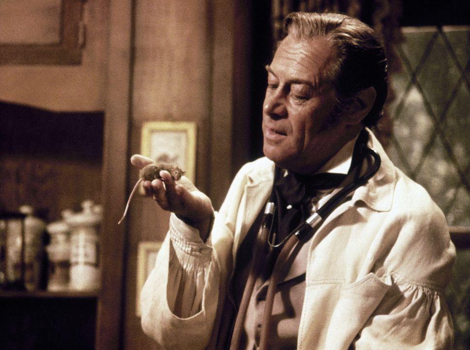 Dr. Dolittle (Rex Harrison) beherrscht fast 500 Tiersprachen - auch die der gemeinen Hausmaus ... - Bildquelle: 20th Century Fox Film Corporation