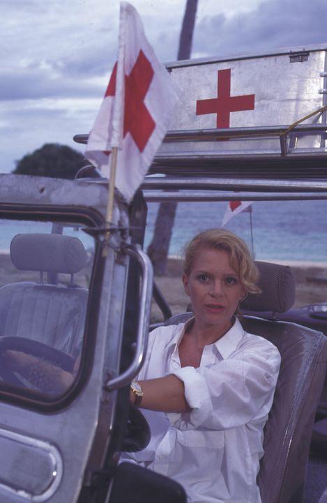 Dr. Juliane Rohrbach (Julia Kent) - Bildquelle: Lisa Film