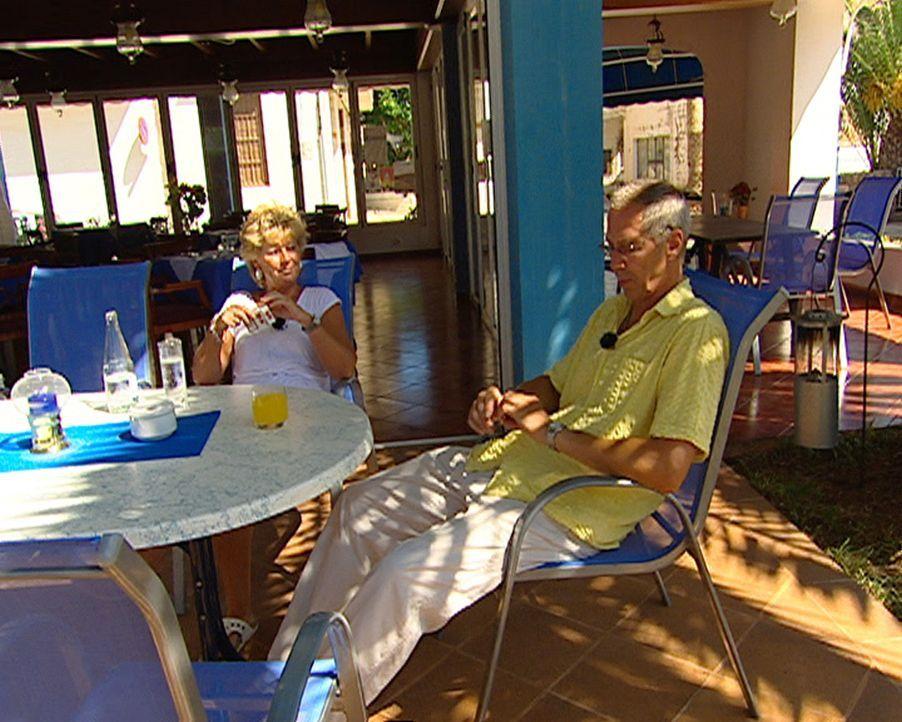 Seit einem Jahr haben Dieter (53) und Conny (53) Müller ihr Restaurant im Küstenstädtchen Portopedro gepachtet. Aber sie leben nach wie vor von der... - Bildquelle: kabel eins