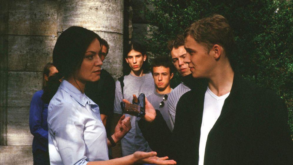 Verbotenes Verlangen - Ich liebe meinen Schüler - Bildquelle: Alfred Raschke Sat.1