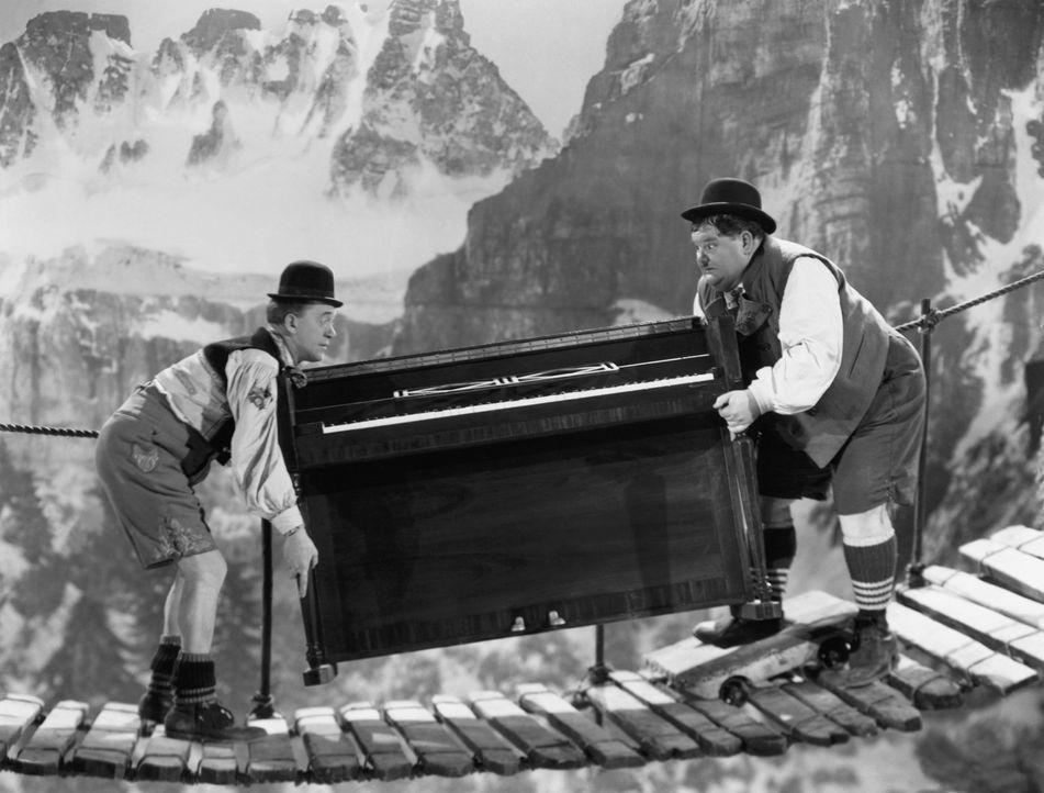 Stan Laurel (l.); Oliver Hardy (r.) - Bildquelle: Beta Film