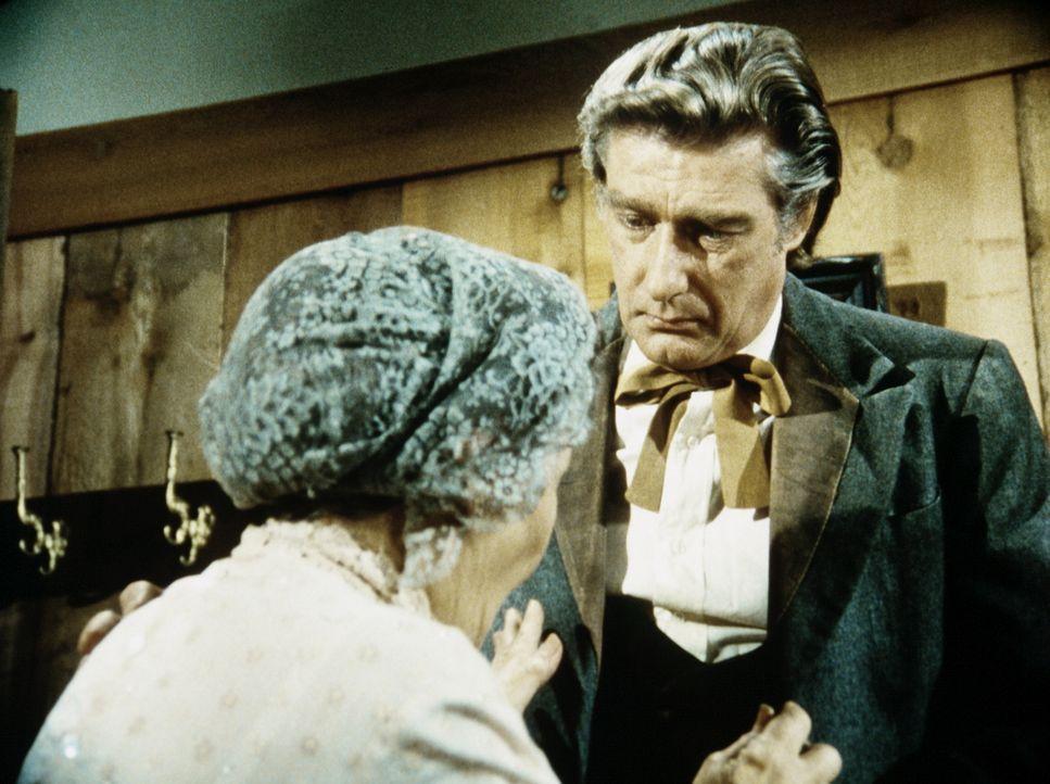 Granville Whipple (Richard Mulligan, r.) muss seiner Mutter (Queenie Smith, l.) gestehen, dass er durch eine Kriegsverletzung morphiumsüchtig geword... - Bildquelle: Worldvision