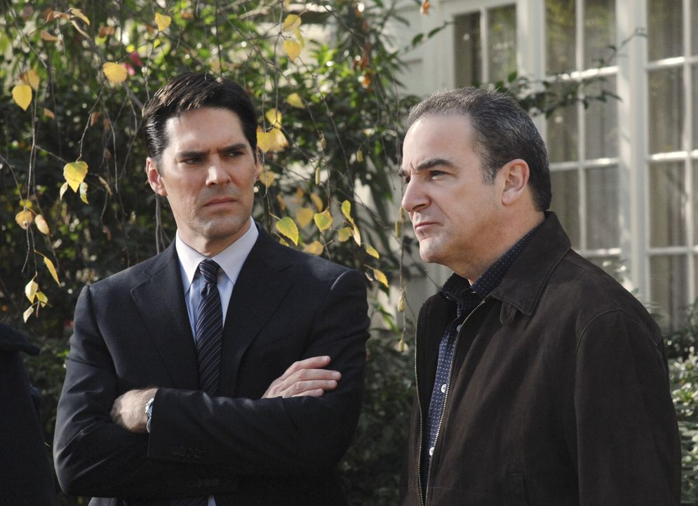 Aaron Hotchner (Thomas Gibson, l.); Jason Gideon (Mandy Patinkin, r.) - Bildquelle: Monty Brinton 2007 Touchstone Television. All rights reserved. NO ARCHIVE. NO RESALE. / Monty Brinton