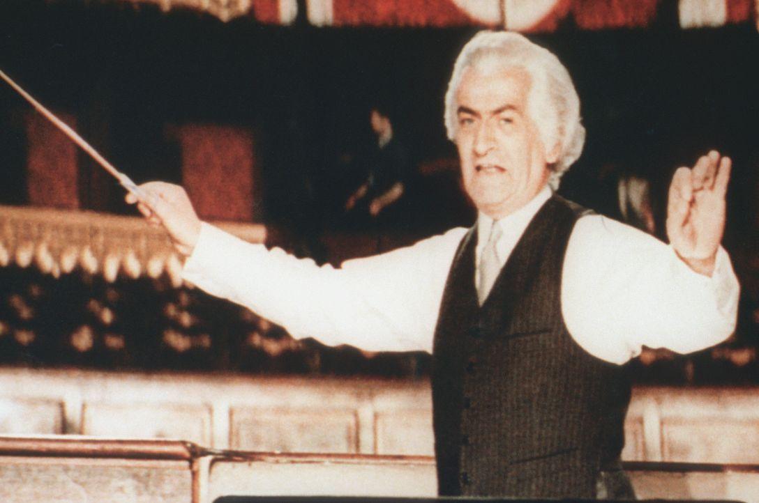 Stanislas Lefort (Louis de Funès) ist der Stardirigent der Pariser Oper ... - Bildquelle: Tobis Filmkunst