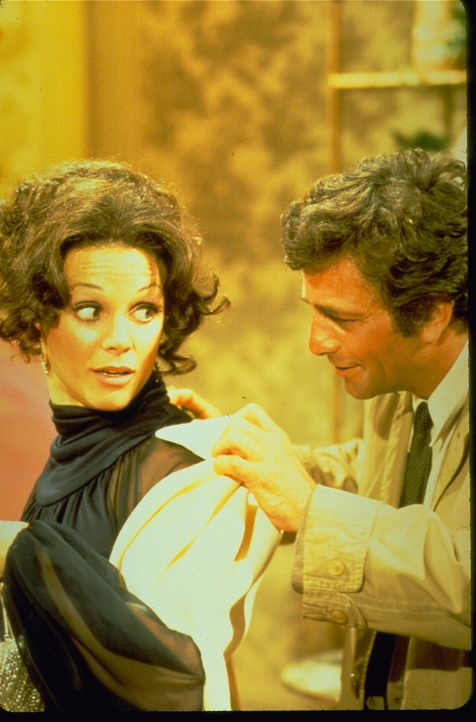 (v.l.n.r.) Eve Babcock (Valerie Harper); Columbo (Peter Falk) - Bildquelle: 1972 Universal City Studios LLLP. All Rights Reserved.