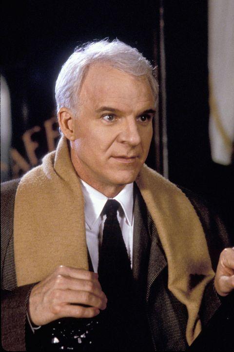 Henry Clark (Steve Martin) ist auf der verzweifelten Suche nach einem neuen Job. Ein lukratives Angebot führt ihn auf eine abenteuerliche Reise ... - Bildquelle: TM, ® &   by Paramount Pictures. All Rights Reserved.