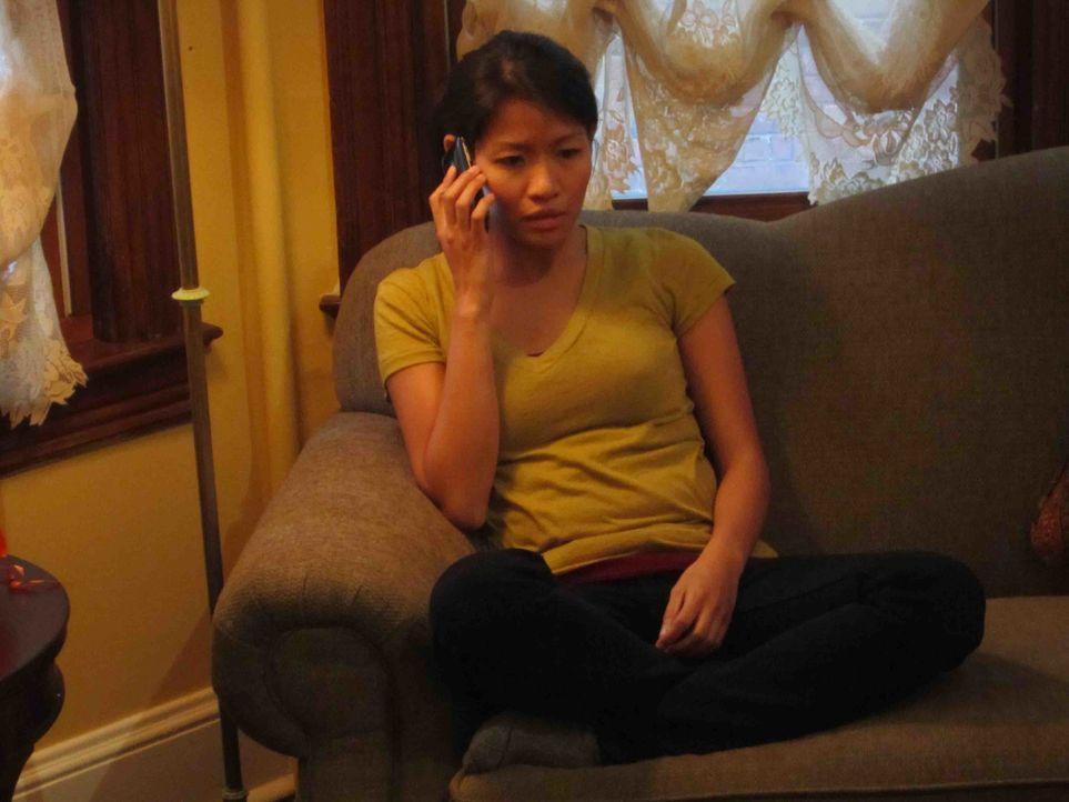 Ihr ganzes Leben gerät aus den Fugen, als Mai Hlee Xiong Opfer von Cyber Stalking wird und dank der Unklarheiten des Netzes bleibt der Täter ewig id... - Bildquelle: Kate Findlay-Shirras Atlas Media, 2011 / Kate Findlay-Shirras