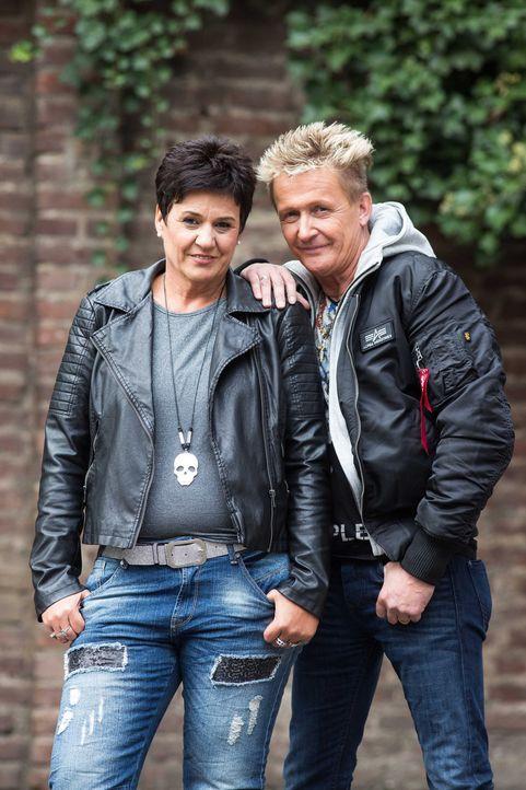 Kämpfen stets für das Recht ihrer Auftraggeber: die erfahrenen Detektive Miriam (l.) und Stefan Wolloscheck (r.) und deren Team ... - Bildquelle: SAT.1