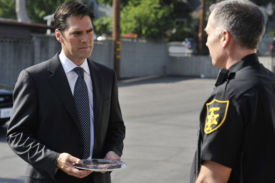 Aaron Hotchner (Thomas Gibson, l.) - Bildquelle: Eric McCandles 2008 American Broadcasting Companies, Inc. All rights reserved. NO ARCHIVE. NO RESALE. / Eric McCandles