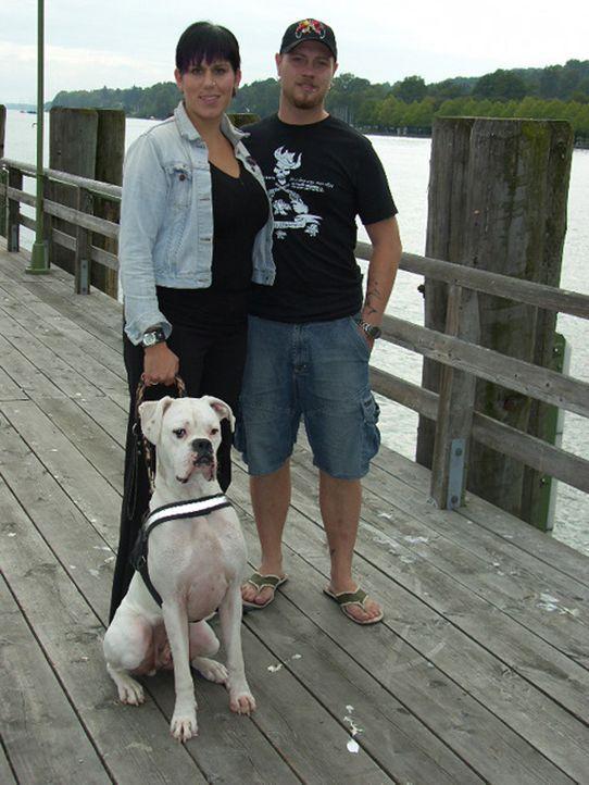 Noch sind Michaela (24) und Marcus (25) Grogorick am Starnberger See, doch sie träumen von einem Leben unter Palmen - in der Dominikanischen Republi... - Bildquelle: kabel eins