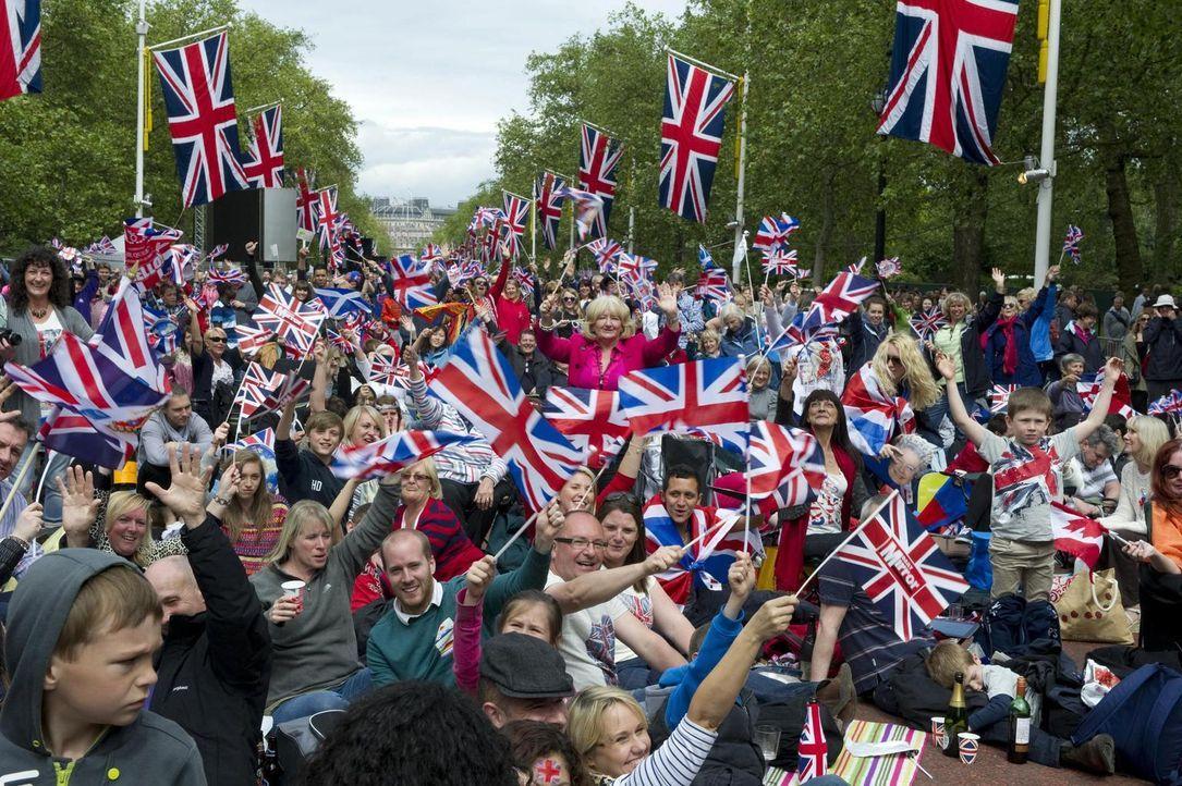 Für die königliche Familie war 2012 ein bedeutendes Jahr: Königin Elisabeth II feierte ihr diamantenes Thronjubiläum, und in London fanden die Olymp... - Bildquelle: Tim Merry