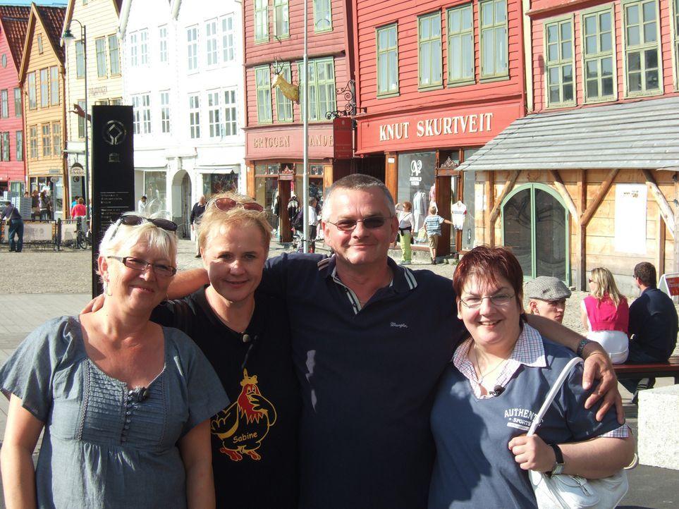 Norwegen ist schön, aber auch sehr einsam. Deshalb hat sich der Berliner Karl-Heinz Wills, der seit zwei Jahren im hohen Norden lebt drei Frauen aus... - Bildquelle: kabel eins
