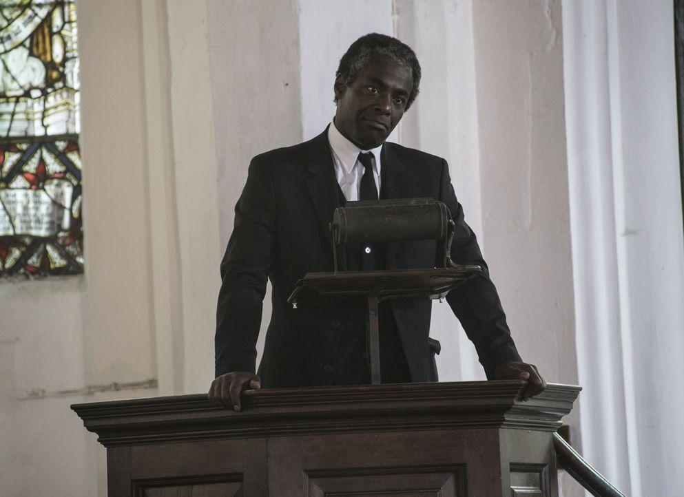 Reverend Nathaniel Todd (Paterson Joseph) - Bildquelle: Neil Genower Neil Genower / Neil Genower