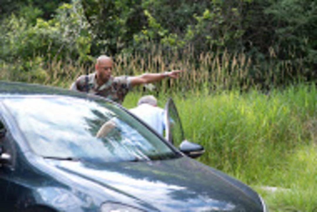 Irvine, Kalifornien: Als eine junge Frau ein Paar findet, das in seinem Auto erschossen wurde, sieht es zuerst nach einer eiskalten Hinrichtung aus.... - Bildquelle: SALOON MEDIA INC. & ARROW INTERNATIONAL MEDIA
