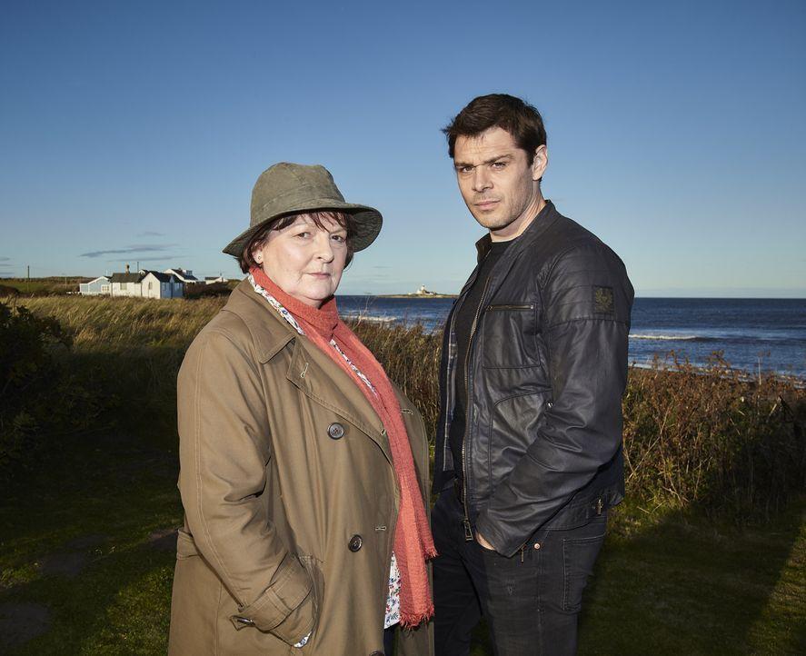 Vera Stanhope (Brenda Blethyn, l.); Aiden Healy (Kenny Doughty, r.) - Bildquelle: Helen Williams ITV Studios