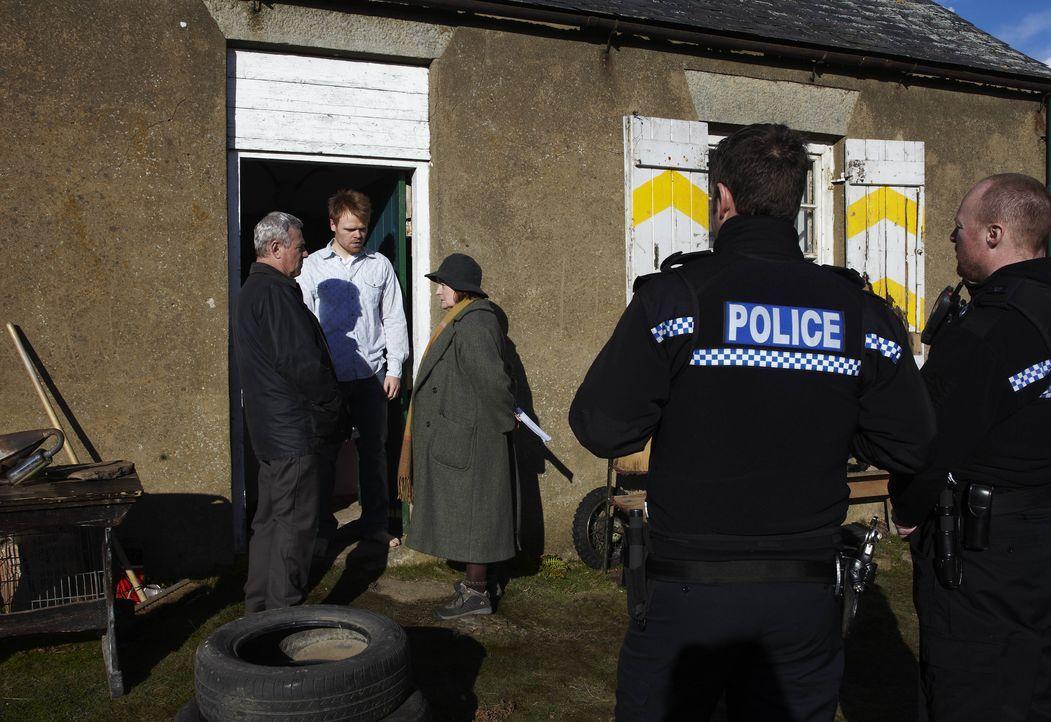 Eine vierköpfige Familie wird von einer auf die andere Sekunde zerstört, das... - Bildquelle: Helen Turton ITV Studios / Helen Turton