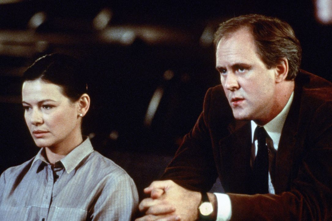 Noch immer sitzt der Schmerz tief: Vor einigen Jahren haben Reverend Shaw Moore (John Lithgow, r.) und seine Frau Vi (Dianne Wiest, l.) den gemeinsa... - Bildquelle: 1984 by Paramount Pictures Corporation. All rights reserved.