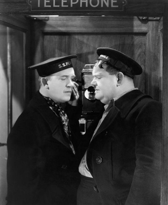 Stan (Stan Laurel, l.); Ollie (Oliver Hardy, r.) - Bildquelle: Licensed by Beta Film GmbH