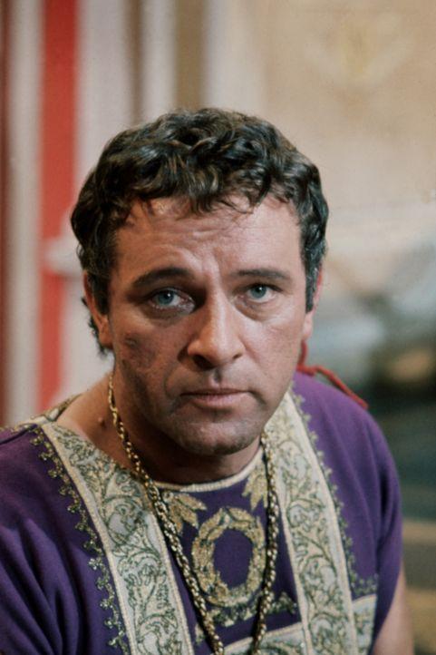 Nach dem Tod Caesars soll Markus Antonius (Richard Burton) dessen Platz einnehmen, auch als er Caesars Geliebte Cleopatra zu Gesicht bekommt, ist er... - Bildquelle: 20th Century Fox Film Corporation