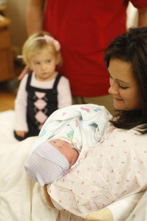 Einzigartige Momente, emotionale Sekunden und überwältigende Gefühle - jede Geburt verläuft anders, doch alle strahlen, wenn das Wunder vollbracht i... - Bildquelle: Reveille Independent LLC