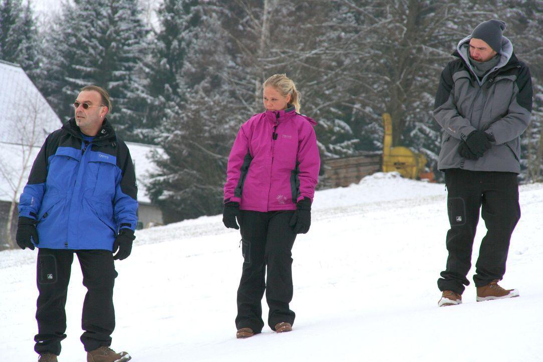 Müssen um die Wette rodeln: v.l.n.r.) Ralf, Nicole und André ... - Bildquelle: SAT.1