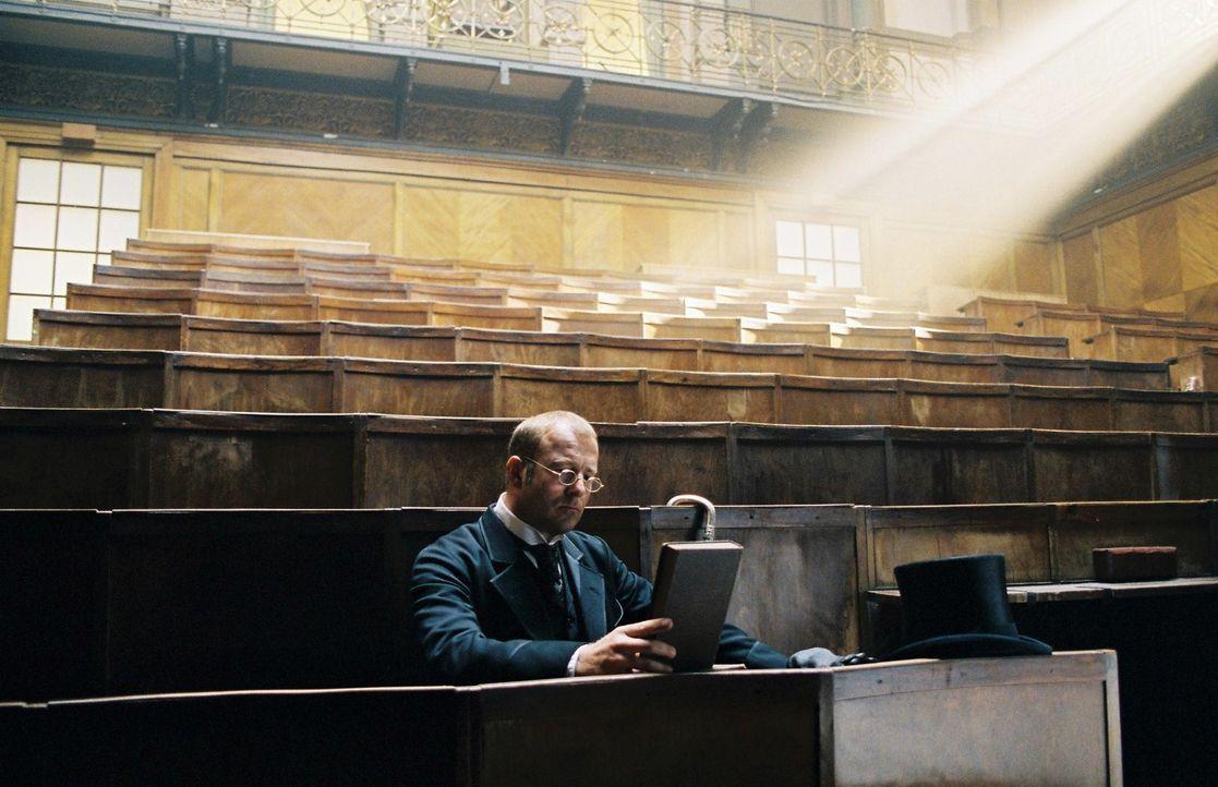 Heinrich Schliemann (Heino Ferch) ist besessen von seinem Plan, Troja zu finden. Doch der wissenschaftliche Autodidakt wird von den Gelehrten nur ve... - Bildquelle: Stephan Rabold Sat.1