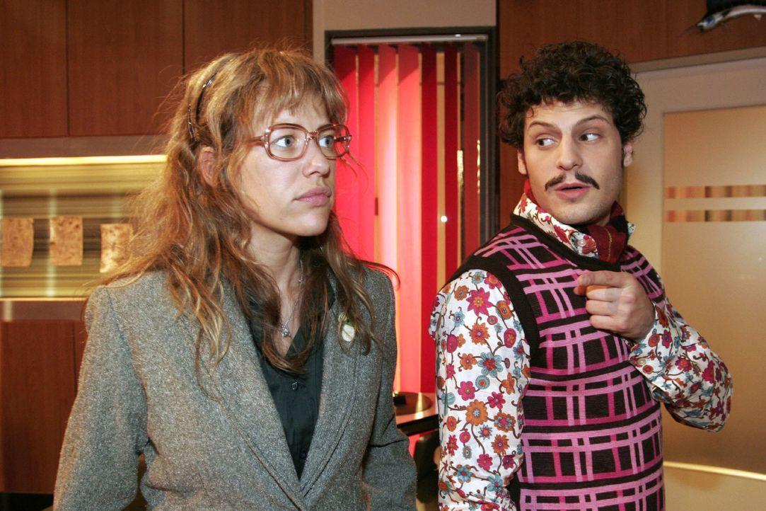 Lisa (Alexandra Neldel, l.) schlägt dem überraschten Rokko (Manuel Cortez, r.) nach dem verpatzten Date ein erneutes Treffen vor. (Dieses Foto von A... - Bildquelle: Noreen Flynn Sat.1