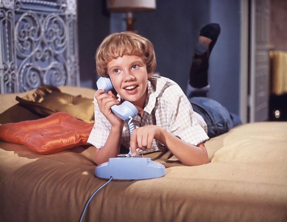 Susie (Hayley Mills) vergeht schon bald das Lachen, als sie erfährt, dass ihr Vater wieder heiraten will. Jetzt hilft nur noch eines: Sie muss ihrer... - Bildquelle: Walt Disney Company.  All Rights Reserved.