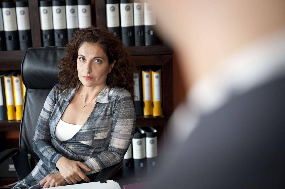 (3. Staffel) - Tanja Hafner (Proschat Madani) kann es nicht ausstehen, wenn sie bevormundet wird. Und genau das tut Mick in ihren Augen, auch wenn e... - Bildquelle: Martin Rottenkolber SAT.1 / Martin Rottenkolber