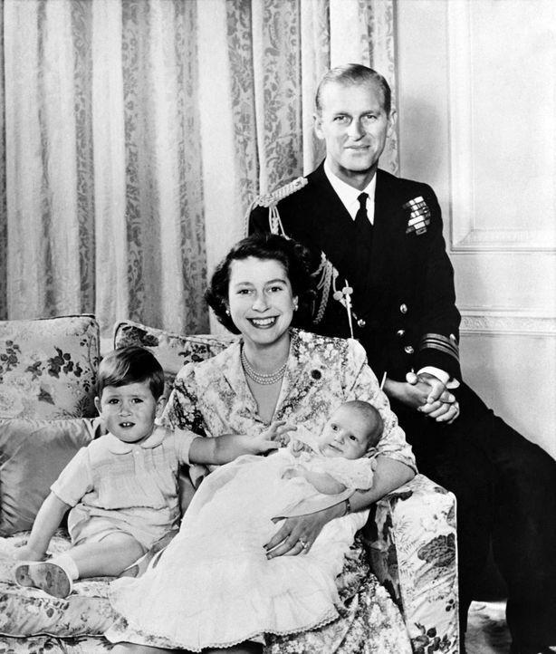 Queen-ElizabethII-Familie-Oktober-1950-AFP - Bildquelle: AFP