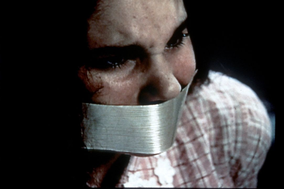 Die 12-jährige Polly Klaas (Anna Marie DeFelice) wird entführt ... - Bildquelle: Randy Jacobson New Dominion Pictures, LLC