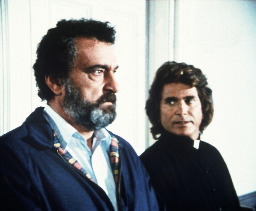 Jonathan (Michael Landon, r.) und Mark (Victor French, l.) wollen Lizzy helfen, doch sie wissen noch nicht wie. - Bildquelle: Worldvision Enterprises, Inc.