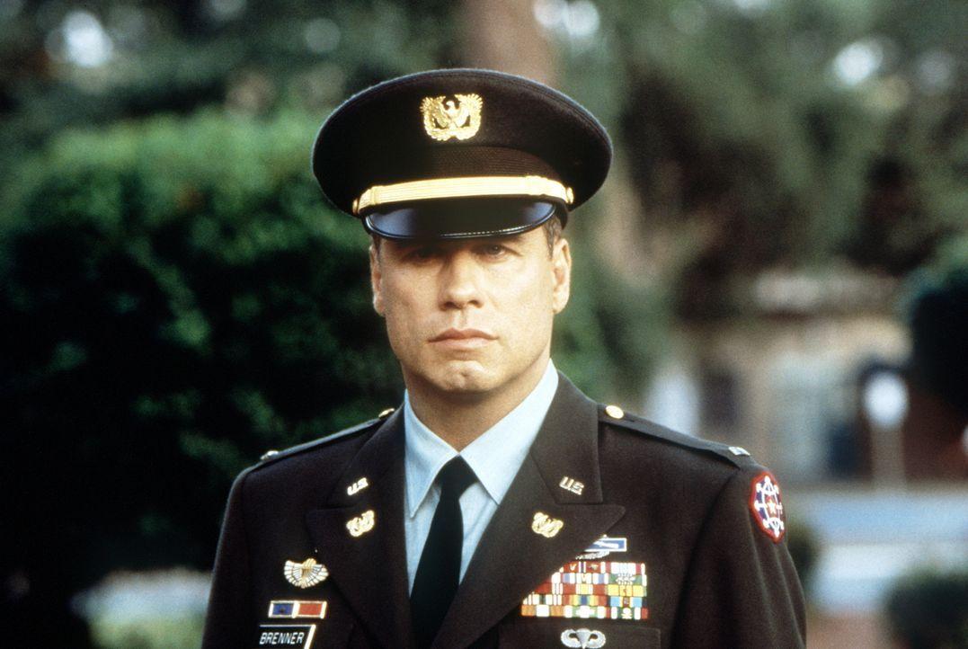 Paul Brenner (John Travolta) ist der beste Mann der C.I.D.: der internen Ermittlungsbehörde der US-Army. Ein skandalöser Fall führt ihn auf die Ausb... - Bildquelle: Paramount Pictures