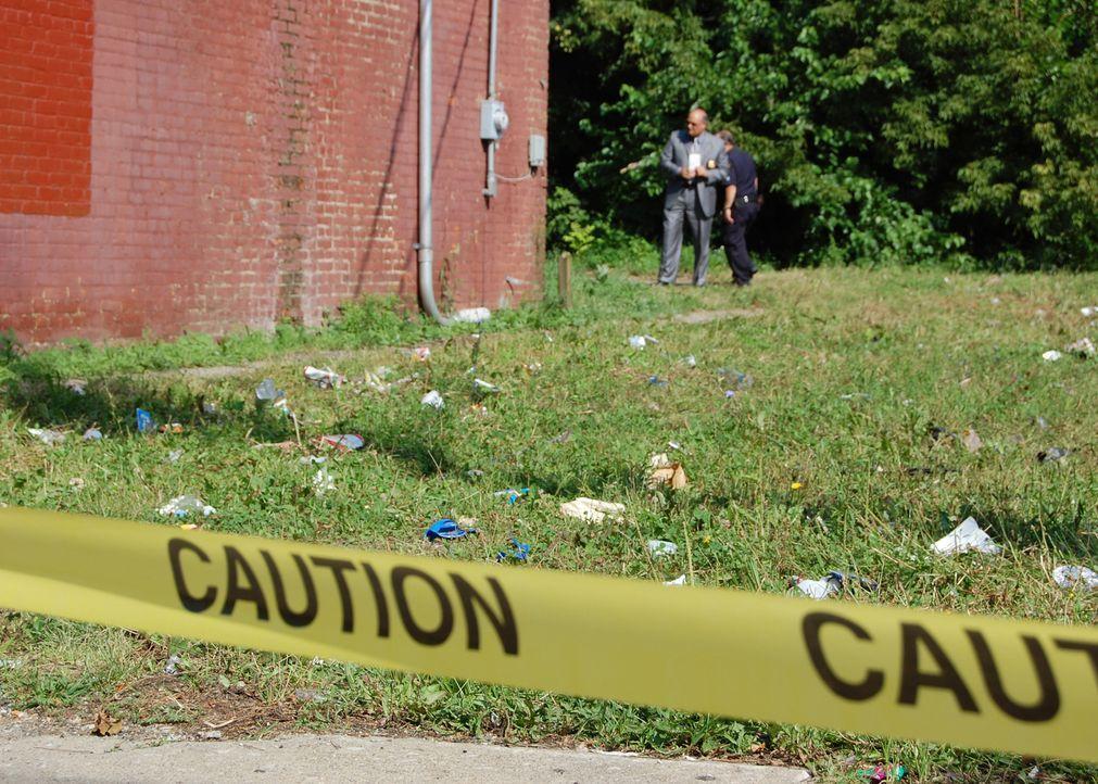 Die Cops müssen sich mit einem tödlich geendeten Rendezvous herumschlagen ... - Bildquelle: A&E Television Networks
